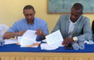 UNEFA expande programas de becas a Monte Plata